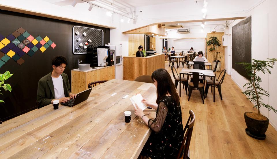 勉強カフェ 新宿ベースポイントスタジオ