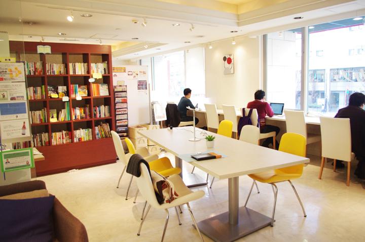 勉強カフェをお得に使える?! 青山スタジオ1ヶ月パック開始!