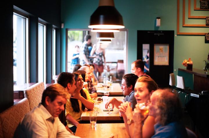 【全店】『Friday Bar Night』が今月から始まります。